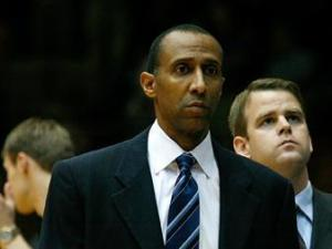 Duke associate head coach Johnny Dawkins on November 27, 2007.