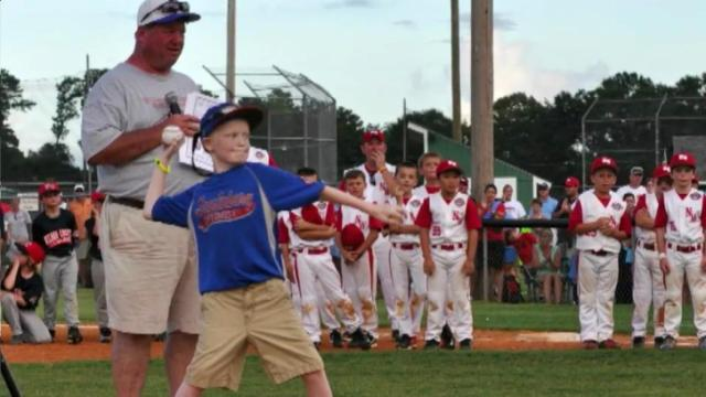 Youth team's gesture goes beyond ballgame