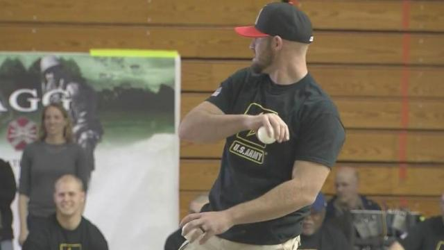 MLB group visits Fort Bragg