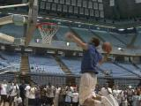 Blake Griffin dunking in Chapel Hill