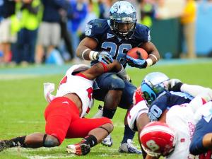 Gio Bernard (26) runs with the ball during the North Carolina Tar Heels vs. N.C. State Wolfpack NCAA football game, Saturday, October 27, 2012 in Chapel Hill, N.C.