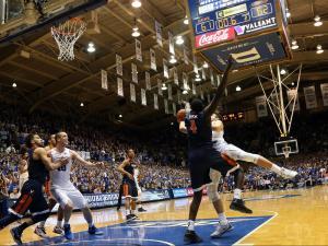 Duke upends No. 7 Virginia at buzzer, 63-62