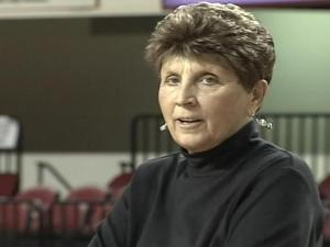 Medlin: Kay Yow's battle with cancer