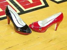 Harper endorses the red heels