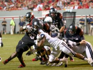 Thornton, NC State run past ODU, 46-34