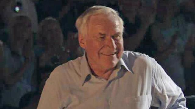 Legendary coach Dean Smith turns 80