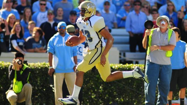 Tevin Washington (13) runs in for a touchdown during the University of North Carolina vs. Georgia Tech NCAA football game, Saturday, November 10, 2012 in Chapel Hill, NC.