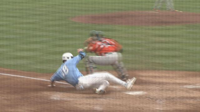 North Carolina tops Miami, 10-0