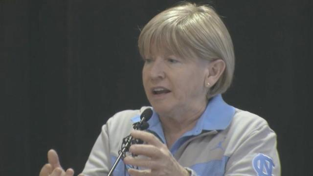 Fialko: After leukemia diagnosis, Hatchell is in remission