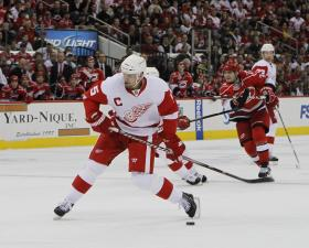 Hurricanes-Red Wings