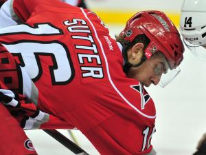 Hurricanes drop Devils 4-2