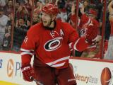 Lindholm, Canes win third straight, top Sharks 5-3
