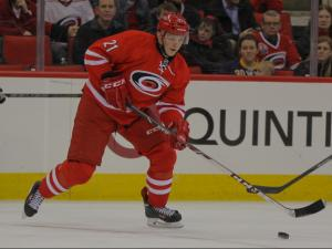 Hurricanes top Sabres, 4-2