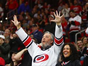 Hurricanes dominate Blackhawks in 5-0 shutout