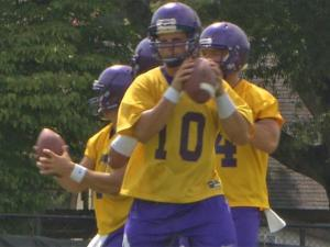 ECU searches for QB after Benkert injury