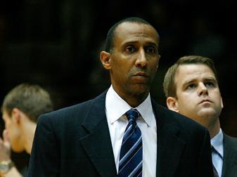 Duke associate head coach Johnny Dawkins on November 27, 2007.