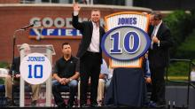 IMAGES: Slideshow: Chipper on hand as Bulls retire No. 10