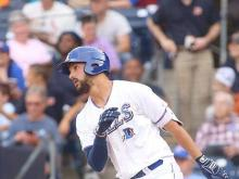 Wild pitch sends Tides past Bulls in 10, 5-4
