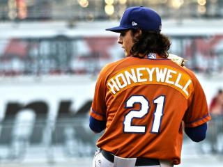 Honeywell Leads Bulls to Pivotal Game Three Victory