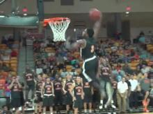 Mitchell: Clemons is dunk master at Campbell