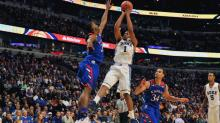 Kansas beats Duke in battle of top freshmen