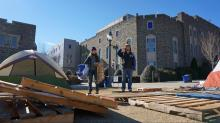 IMAGES: Duke students brave cold to set up tents at Krzyzewskiville