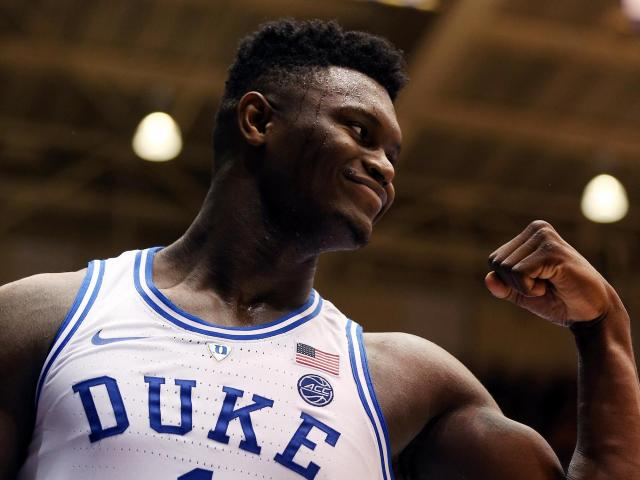 b086b1bdd Led by Zion's 21 points in his return, Duke leads Syracuse 34-28 at  halftime :: WRALSportsFan.com