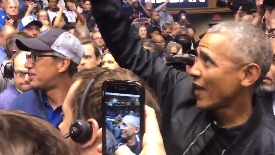 10b6acbc2 Duke crowd roars in greeting for former Pres. Obama :: WRALSportsFan.com