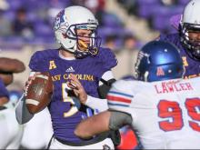 East Carolina eliminated from bowl contention after 55-31 loss to SMU