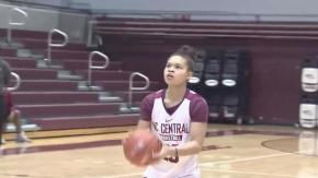 Medlin: NCCU valedictorian Jones balances basketball, books