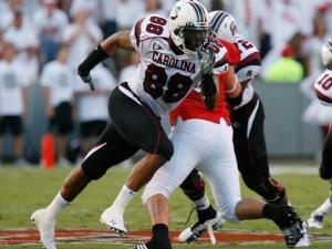 South Carolina tight end Wesley Saunders goes out for a pass against N.C. State on September 3, 2009.