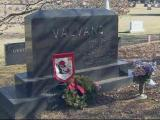 Jim Valvano's grave at Oakwood Cemetary