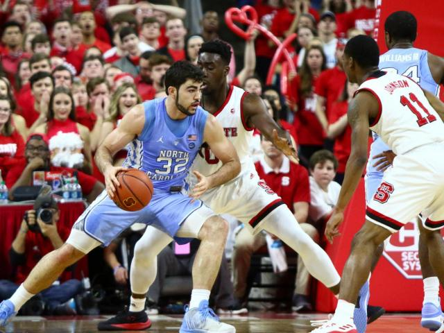 buy online a721d f23ca 21 UNC past NC State 96-89