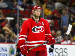 Boston upends Canes, 4-1