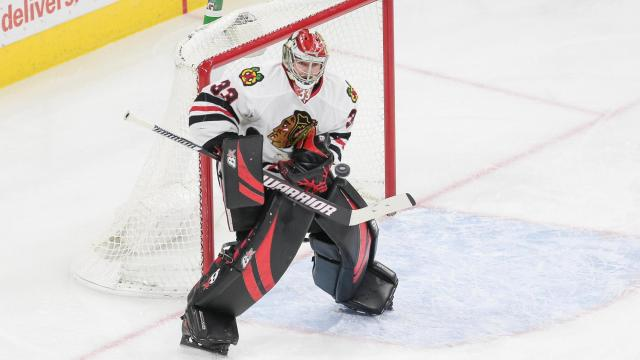 Scott Darling (33) of the Chicago Blackhawks.